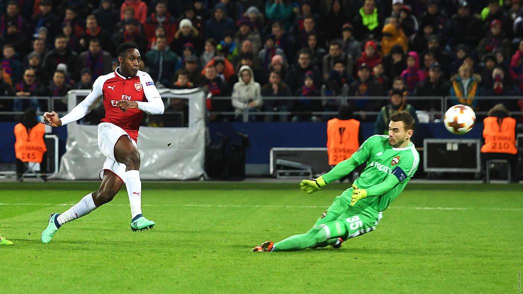 CSKA-Moscow-2-2-Arsenal-suyt-giong-Barca-3