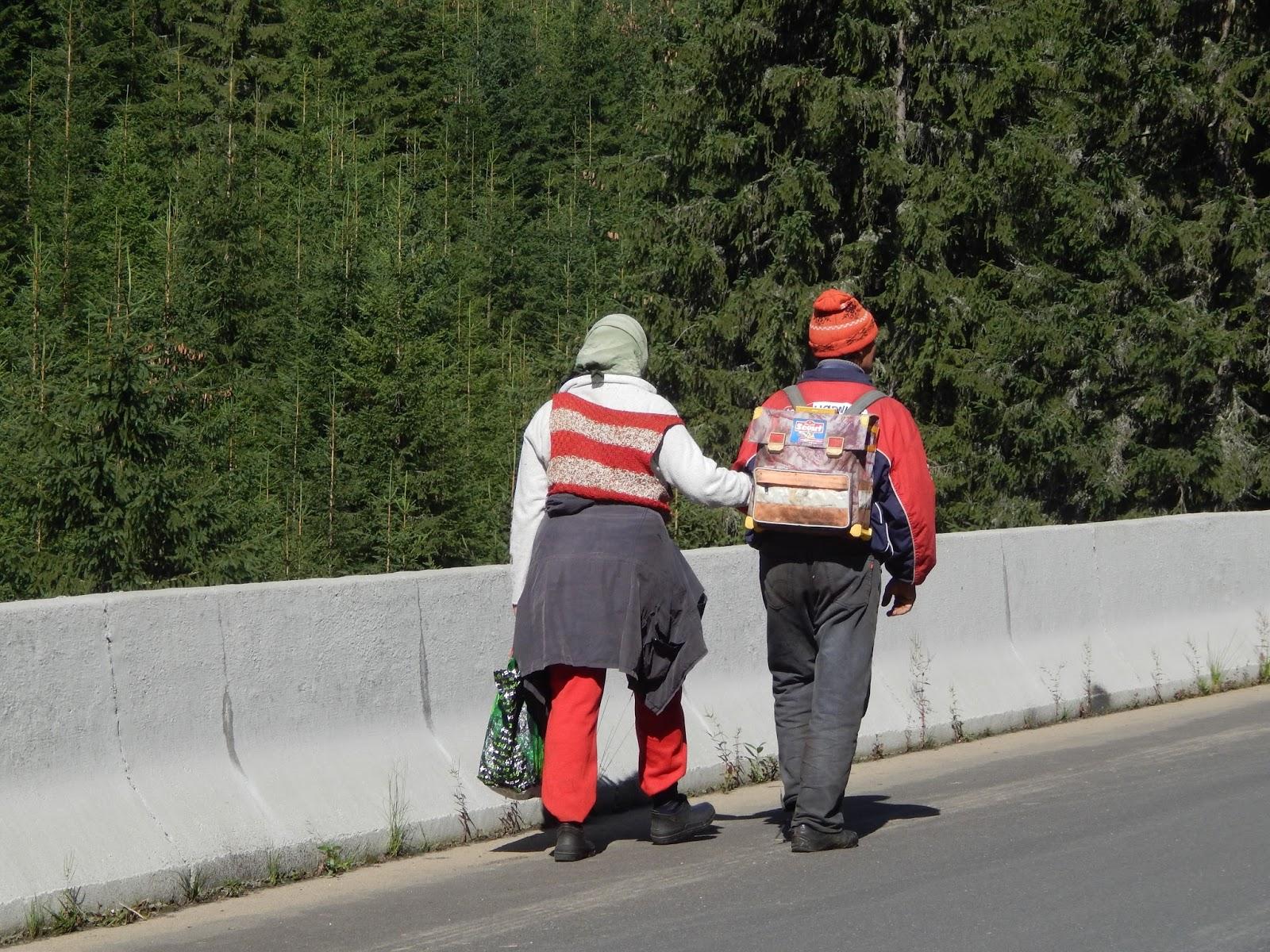 Podivný pár v Rumunských horách