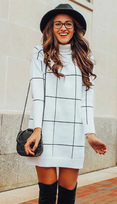 To get the perfect New Year Eve Instagram photo all you need is a trendy outfit and saying cheese. Have a look at these 21 New Year Eve Outfits for Your Next Holiday Party. Holiday Fashion via higiggle.com | sweater dress | #holiday #fashion #newyear #sweater