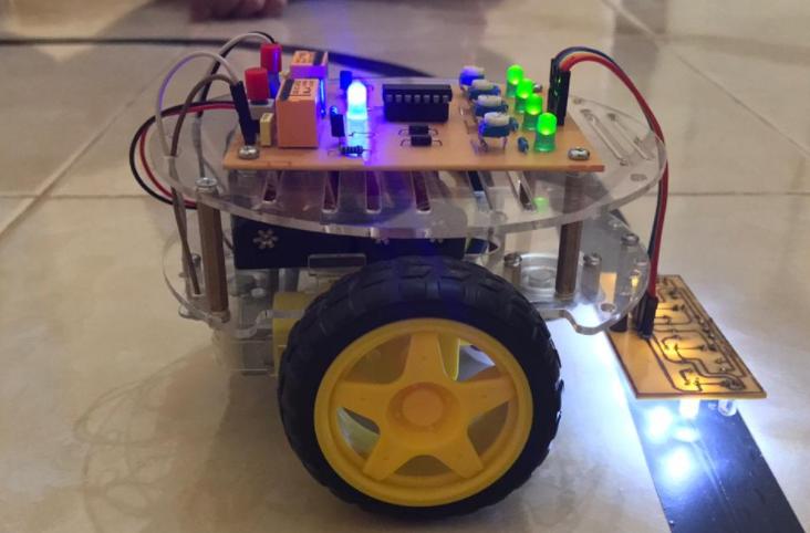 Skema Rangkaian Robot Line Follower Dengan Pengatur Kecepatan Motor