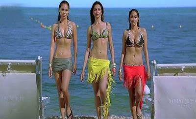 Bollywood Hot Actress In Bikini Bollywood Actress in Bikini Pics 91
