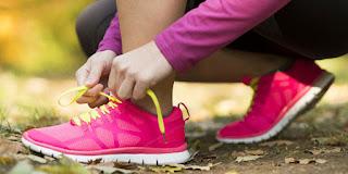 Tips Cerdas Pilih Sepatu Olahraga Wanita Agar Tetap Stylish, Tampil Modis Saat Olahraga? Terapkan Tips Jitu Berikut, 8 Cara Cerdas Berpenampilan ke Kantor, 4 Tips Cerdas Memilih Baju yang Sesuai dengan Bentuk Tubuh