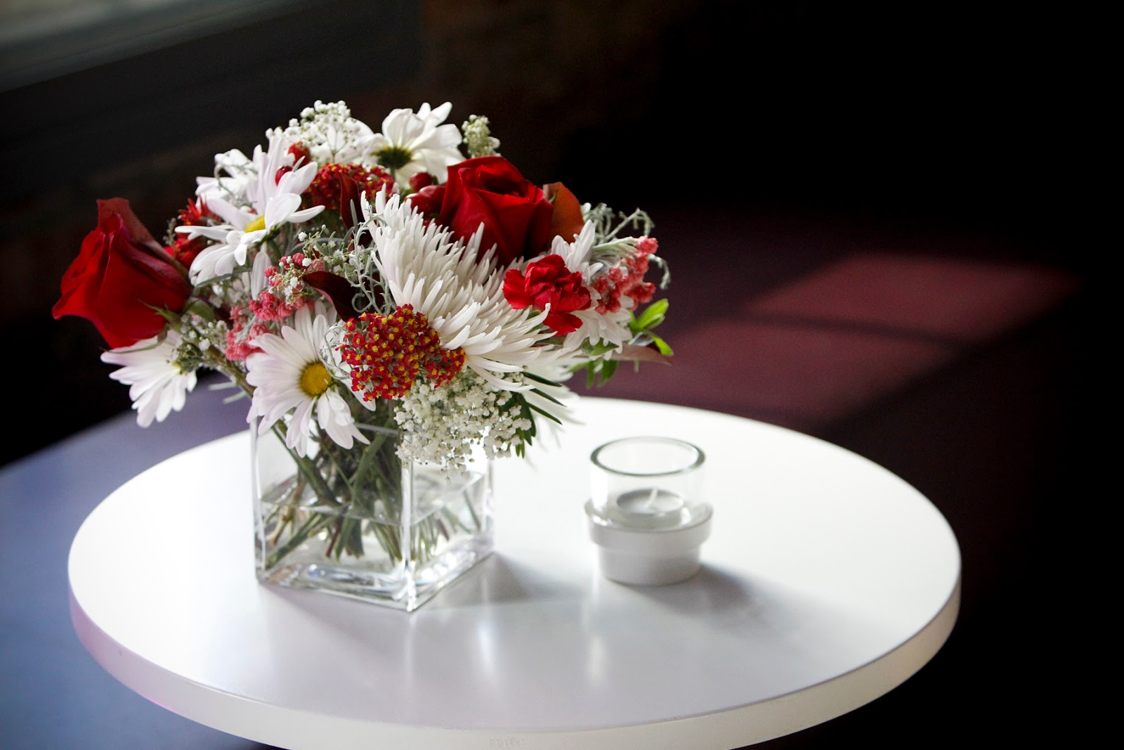 Bloomex provides flowers for epilepsy toronto vip event bloomex was delighted to be asked to provide all the flowers for recent vip event in toronto epilepsy toronto hosted an exclusive vip evening in downtown izmirmasajfo