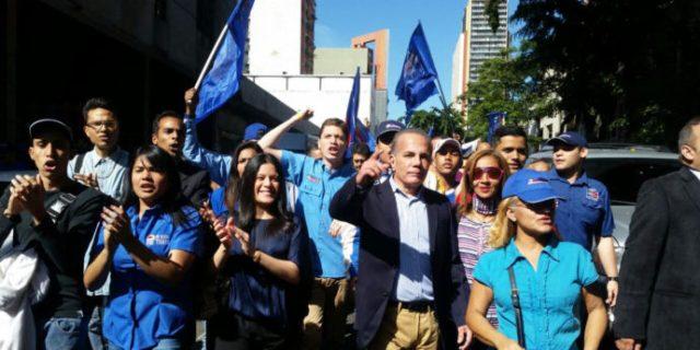 Hendrik Garcia: Manuel Rosales, al encuentro con su pueblo