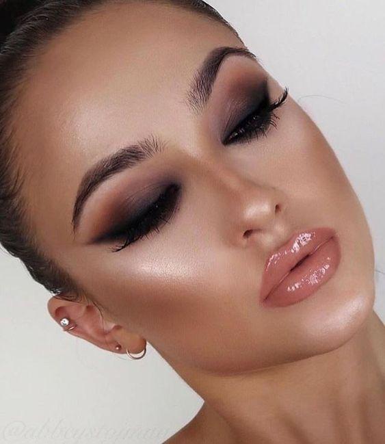 Fascinating Simple Smokey Eyes Makeup Ideas