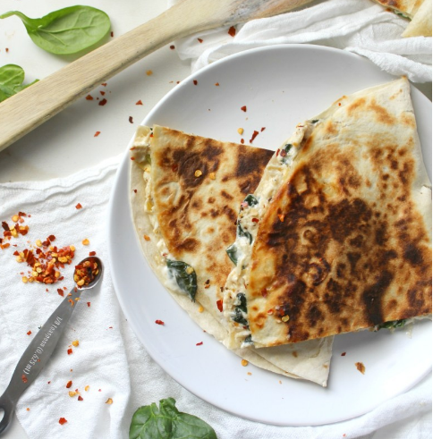 VEGAN SPINACH ARTICHOKE QUESADILLAS #healthyeat #vegan