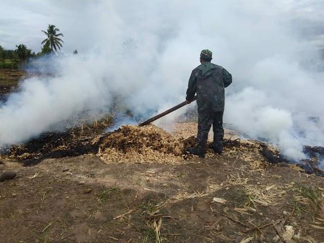 TNI Tempuh 3 Km Untuk Padamkan Api, Kebakaran Terpantau Hotspot