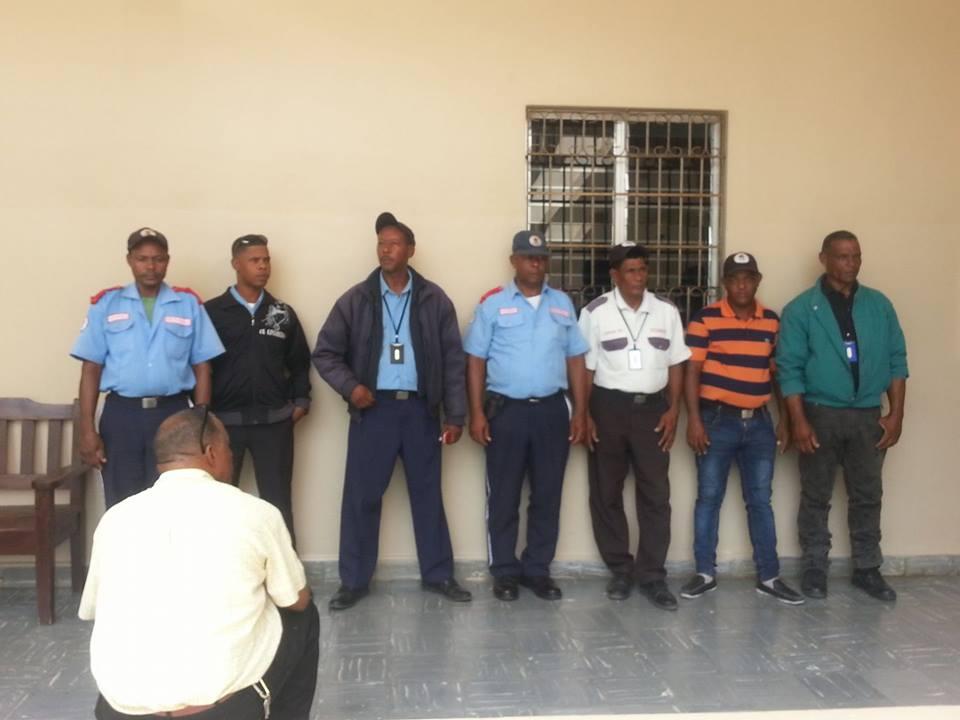 Incautan en  Barahona varias armas  de fuego a la compañía Guardianes Portorreal  (GUAPOSA)
