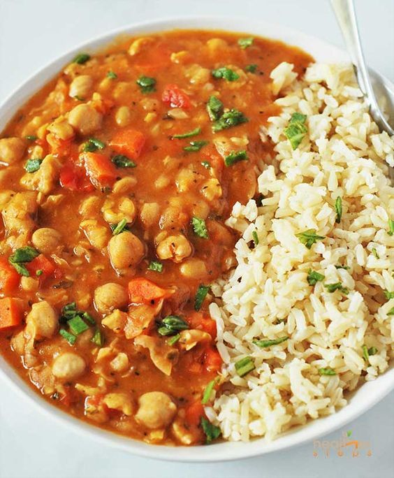 Chickpea Stew (Vegan, Gluten-free) #chickpea #stew #vegan #veganrecipes #veggies #glutenfree #lunch #lunchrecipes #easylunchrecipes