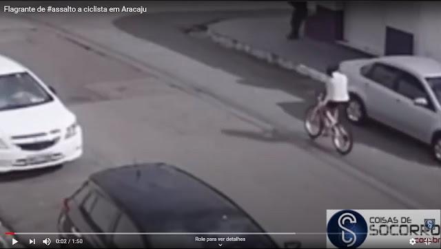 Câmeras de segurança flagram roubo de bicicleta em Aracaju
