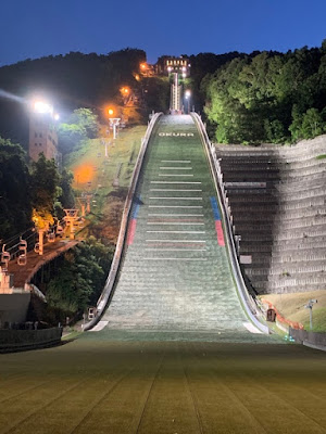 大倉山ジャンプ台のライトアップ