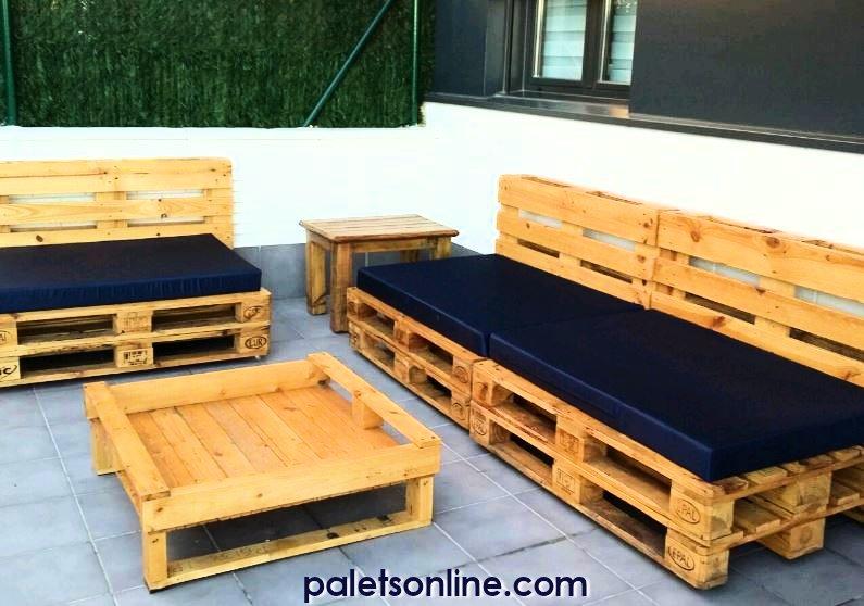 Muebles con palets decoraci n con palets - Colchones para terraza ...