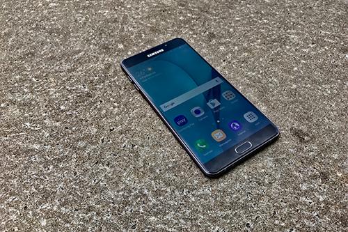 Samsung Galaxy A9 - duração de bateria: 23h10