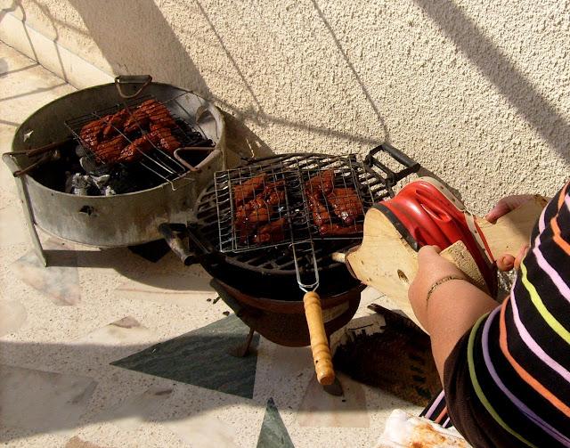 Maroko. Eid el Kebir. Baranina na grillu