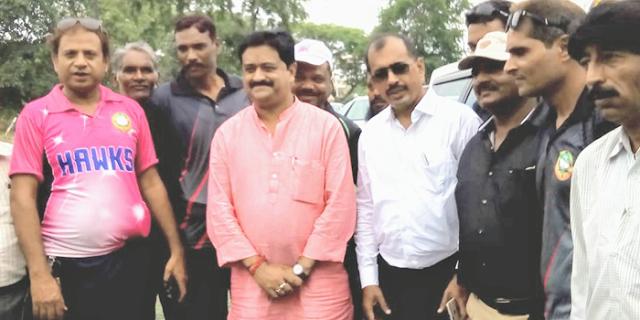 MP PHE ने प्रदेश भर में पौधे रोपे