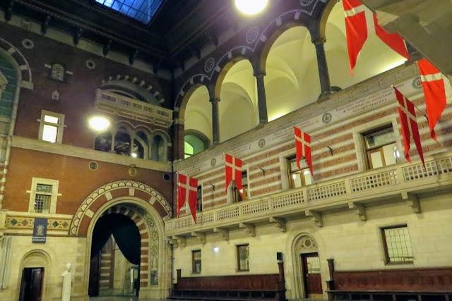Copenhagen in Winter: inside City Hall
