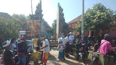 Babinsa dan Kepala kampung Bali S Tengah Menghibau Tetap Memakai Masker