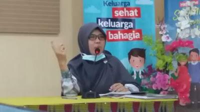 Sry Wahyuningsih, SSTP, MH. Fasilitator dari BKD Provinsi NTB