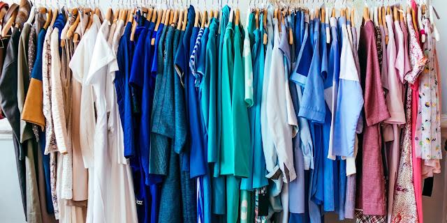 Warna Baju Mempengaruhi Emosi dan Mood Wanita!