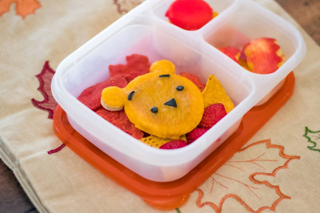 How to Make a Fall Winnie-The-Pooh Food Art Pizza School Lunch
