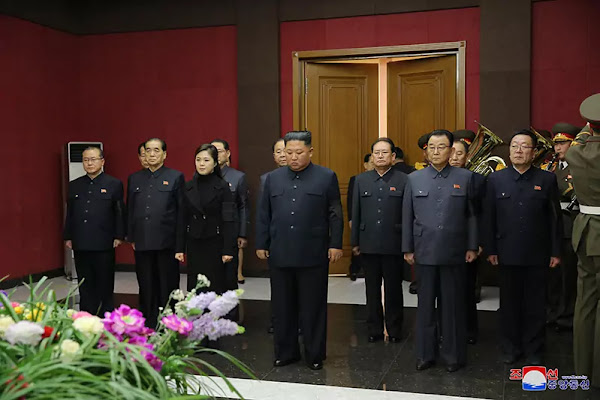 Kim Jong Un visits bier of Hwang Sun Hui, January 17, 2020