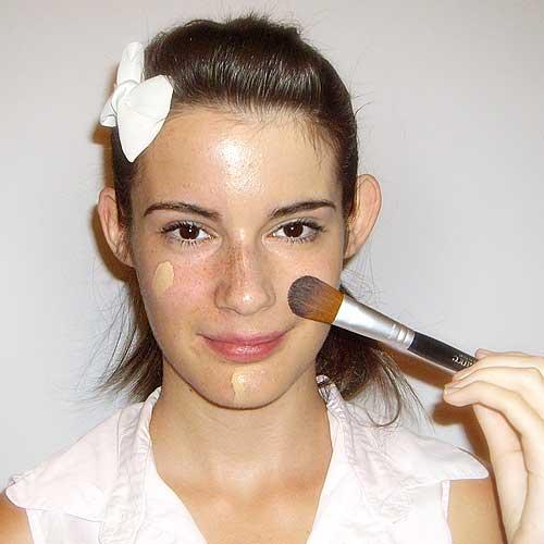 Difuminar fondo de maquillaje paso a paso