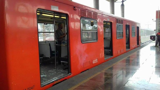Porros atacan con palos y petardos a estudiantes dentro de la Línea B del Metro