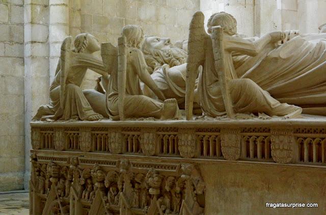 Detalhe do  túmulo de Pedro I de Portugal, Mosteiro de Alcobaça