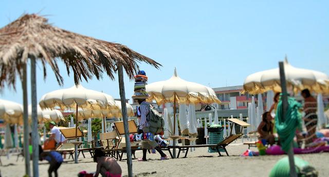 spiaggia, lido, ombrelloni, sabbia, lettini mare