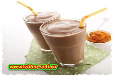 How To Make Chocolate-banana milkshake