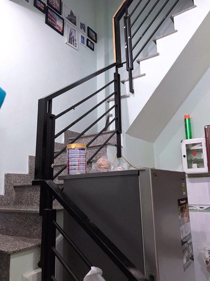 Bán nhà Quận Tân Phú dưới 3 tỷ, Hẻm xe hơi đường Gò Dầu, 1 trệt  2 lầu BTCT sân thượng