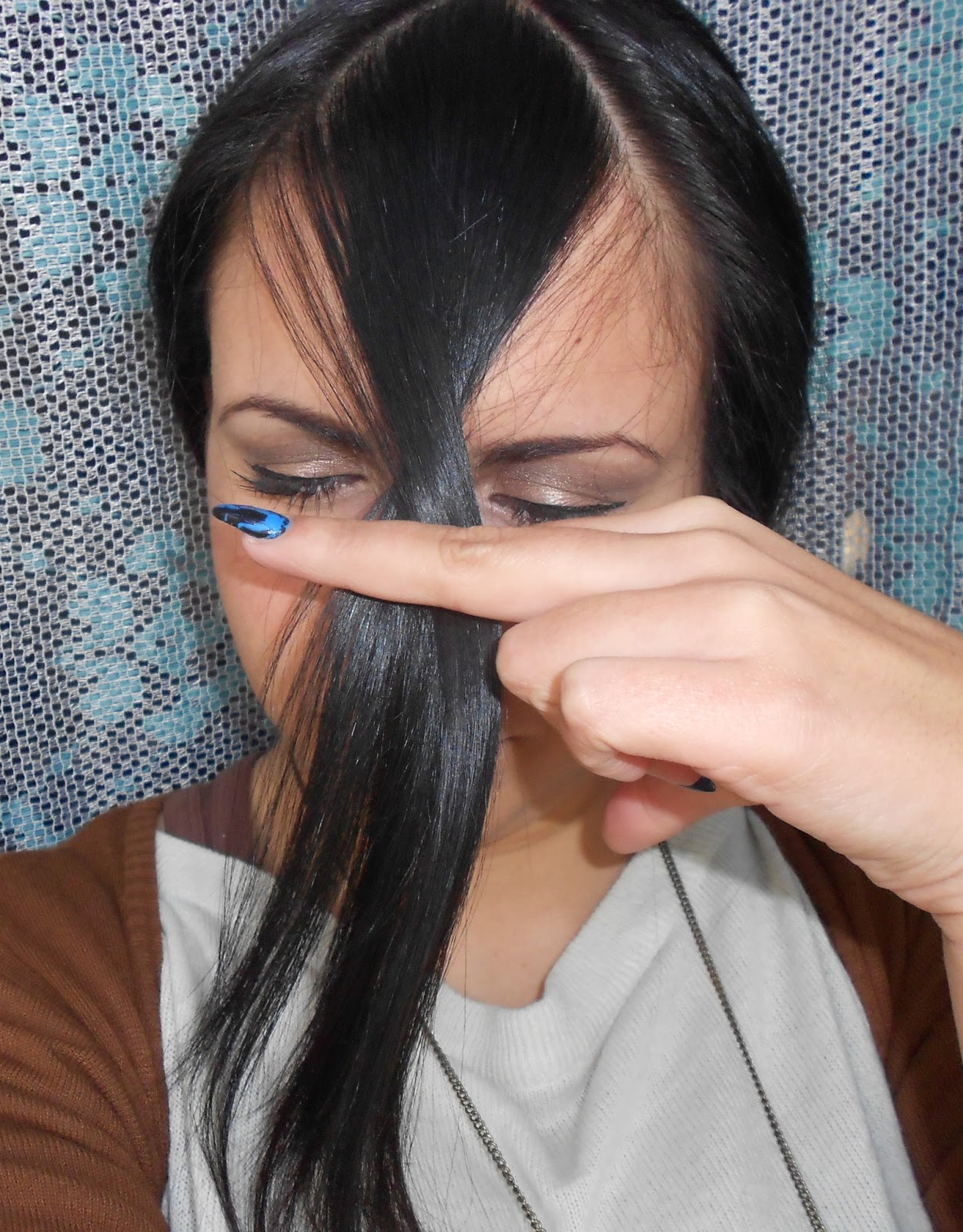 Lola Loves Sparkles How To Cut Your Fringe Bangs At Home Step By Step