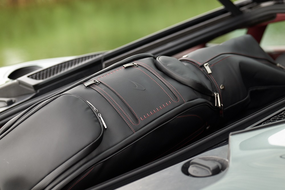 McLaren GT Luggage Set