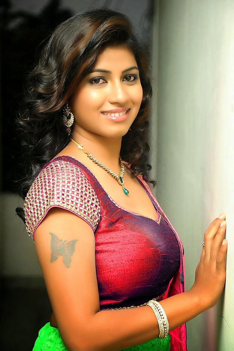 Top Beautiful Actress Geethanjalis Photos From South -9354