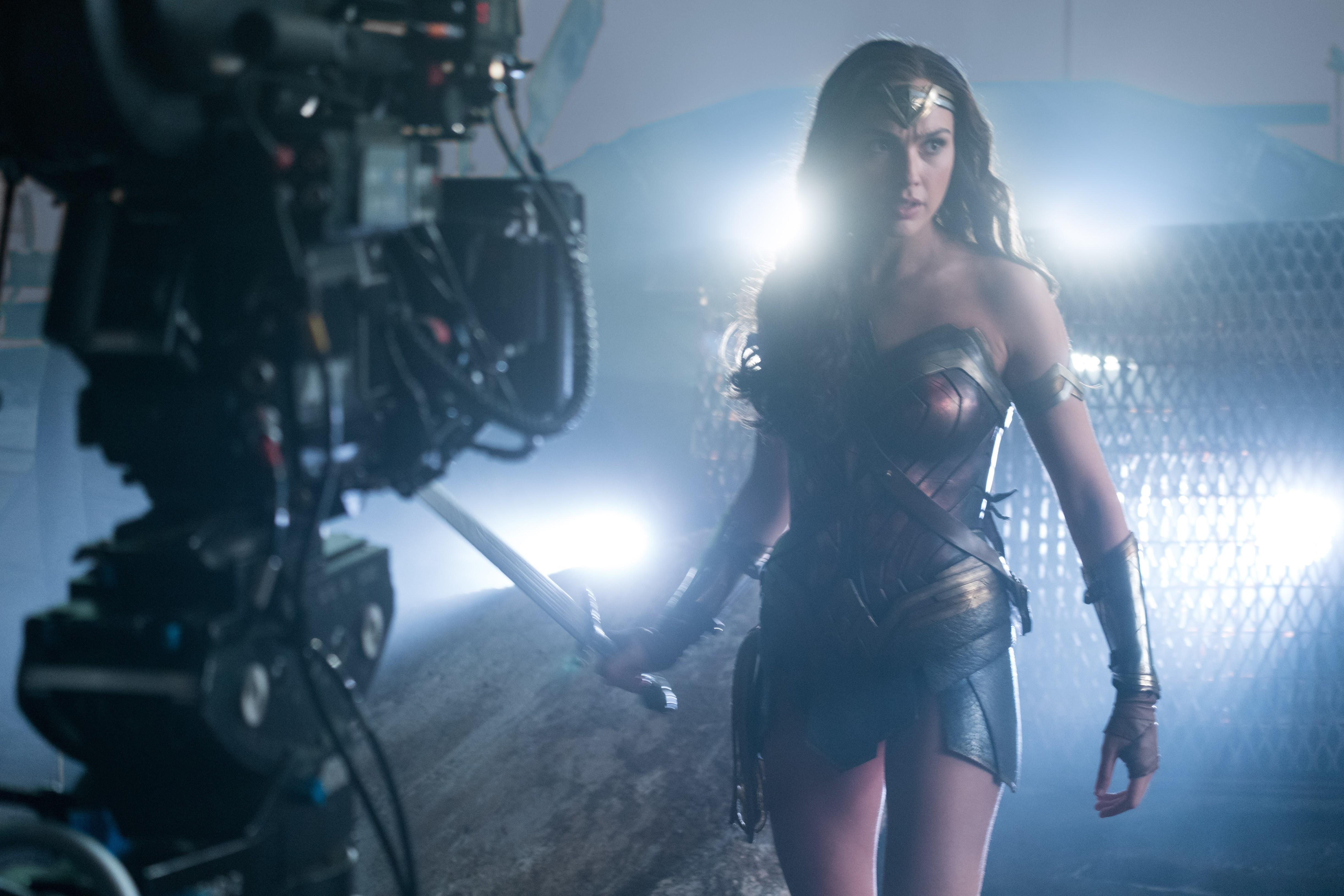 Zack's Justice League : ザック・スナイダー監督が、DCヒーロー大集合映画の超大作「真・ジャスティス・リーグ」を世に送り出すリリース時期の見込みを明らかにしてくれた ! !