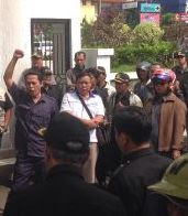 Tagih Janji Politik Cellica-Jimmy, Forum BPD Demo Pemda