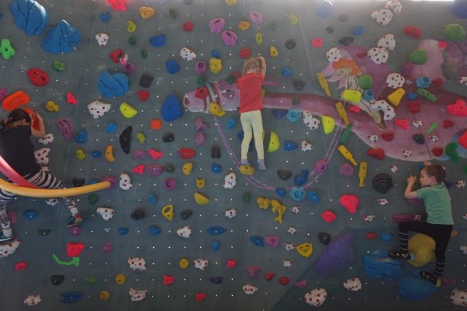 Lasten kanssa boulderoimaan - testissä Berliinin Berta Block