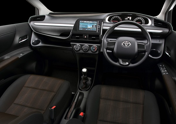 Kabin Toyota All New Sienta Tipe E dan G Black Trim dan Black Seat