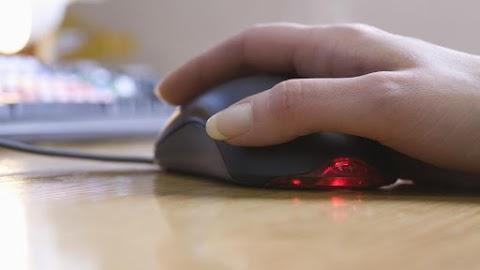 Digitális oktatás: újabb háromezer feladat segíti az otthoni tanulást
