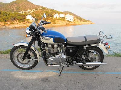 Asiento de moto Triumph Bonneville tapizado y con gel