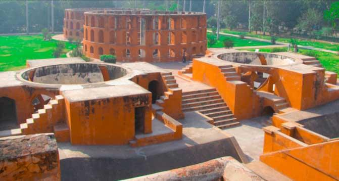 Jantar Mantar, Delhi జంతర్ మంతర్ డిల్లీ పూర్తి వివరాలు