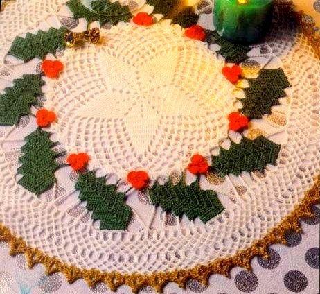 Hobby lavori femminili ricamo uncinetto maglia for Lavori natalizi uncinetto