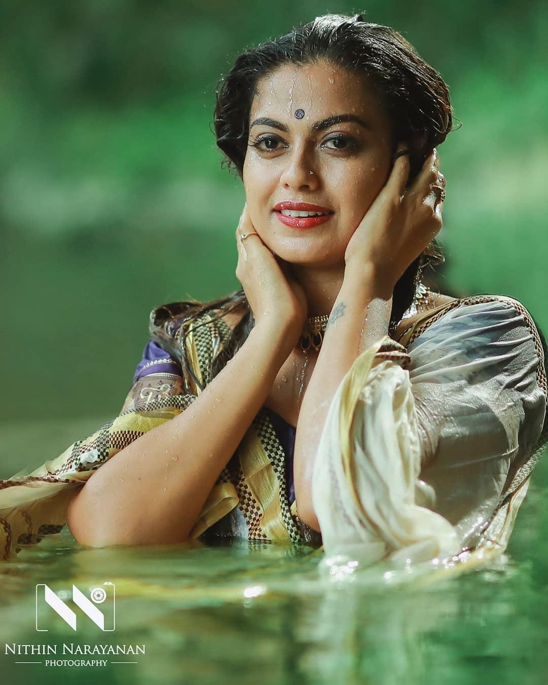 South Indian Actress Anusree Beautiful Photos