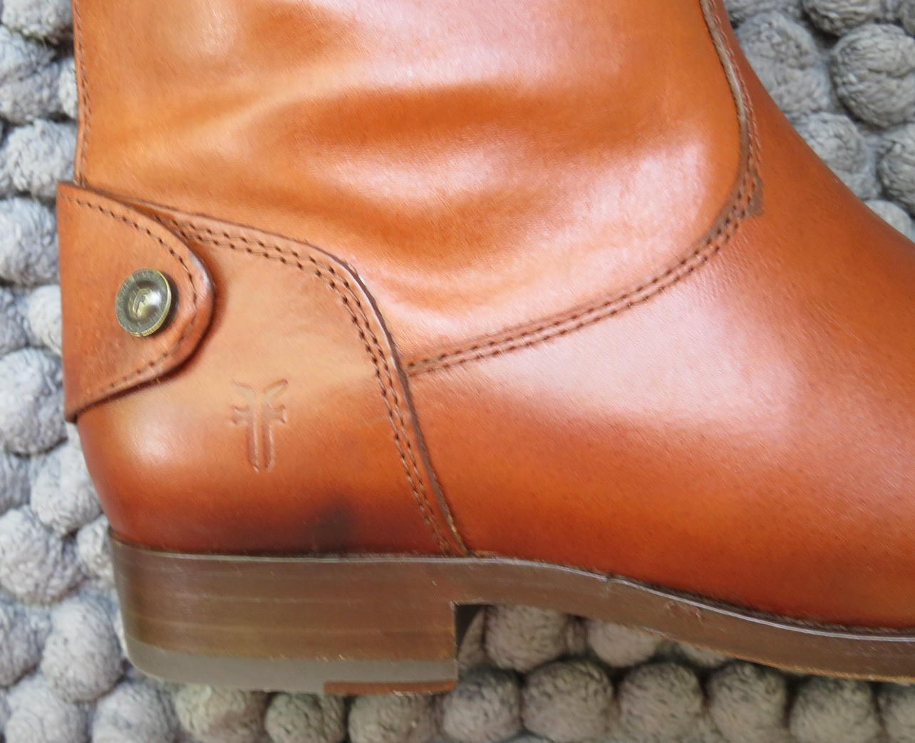 Howdy Slim! Riding Boots for Thin Calves: June 2016