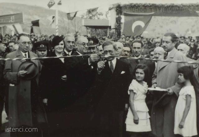 İzmit Seka Kağıt Fabrikasının temelleri atılıyor. - 14 Ağustos 1934