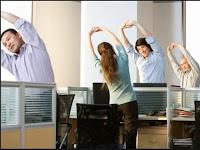 Gerakan Senam Jantung Yang Sederhana Di Kantor
