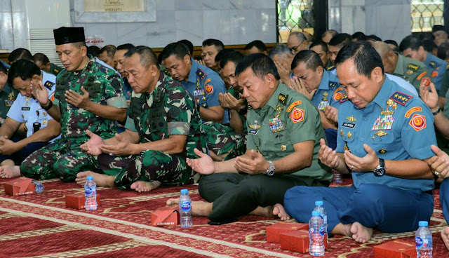 Mabes TNI Gelar Ceramah Rohani