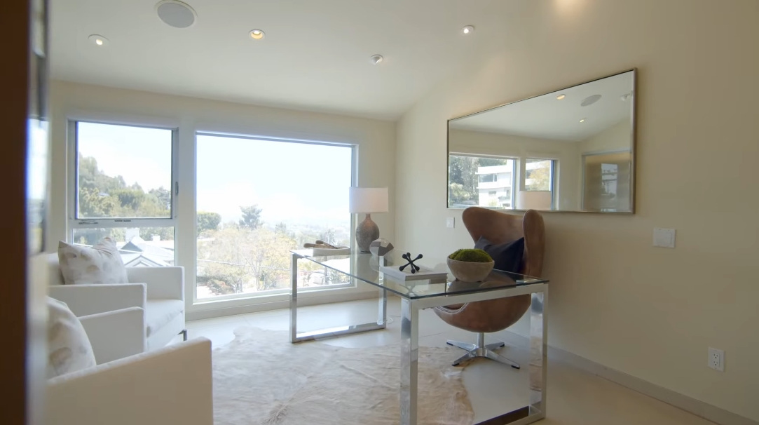 56 Photos vs. 1663 N Crescent Heights Blvd, Los Angeles, CA Interior Design Luxury Home Tour