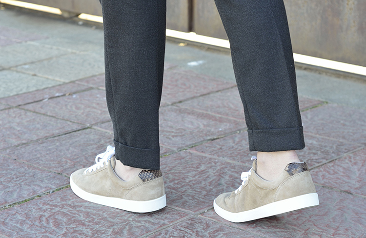 classic-look-blogger-sneakers-zapatillas-massimo-dutti-casual