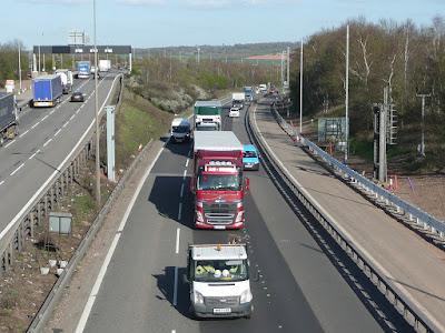 sports-mode-hazy-day-motorway-road
